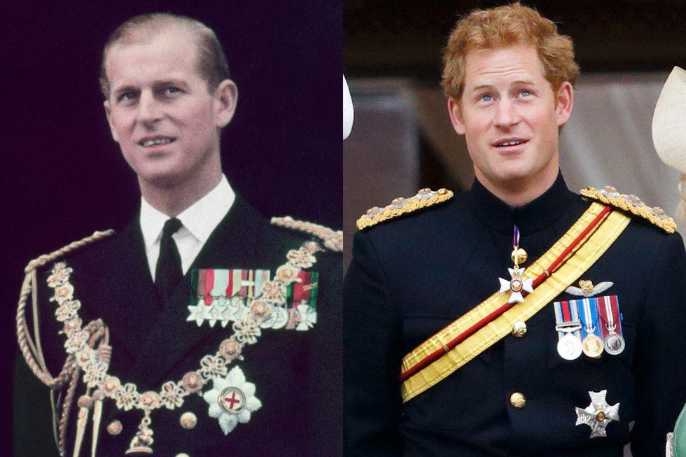 Hoàng thân Philip trên ban công của điện Buckingham vào ngày Nữ hoàng Elizabeth lên ngôi vào tháng 6/1953. Một khoảnh khắc được so sánh khi Hoàng tử Harry cũng trên ban công cung điện vào tháng 6/2015.