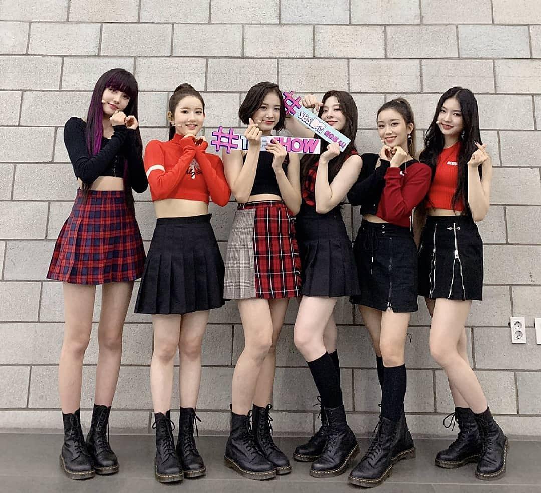 Hình tượng teengirl trẻ trung năng động của StayC rất hợp gu fan Hàn.