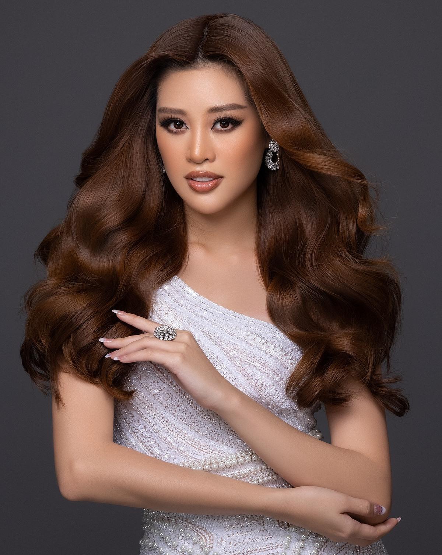 Hình ảnh của Khánh Vân trên trang chủ Miss Universe.