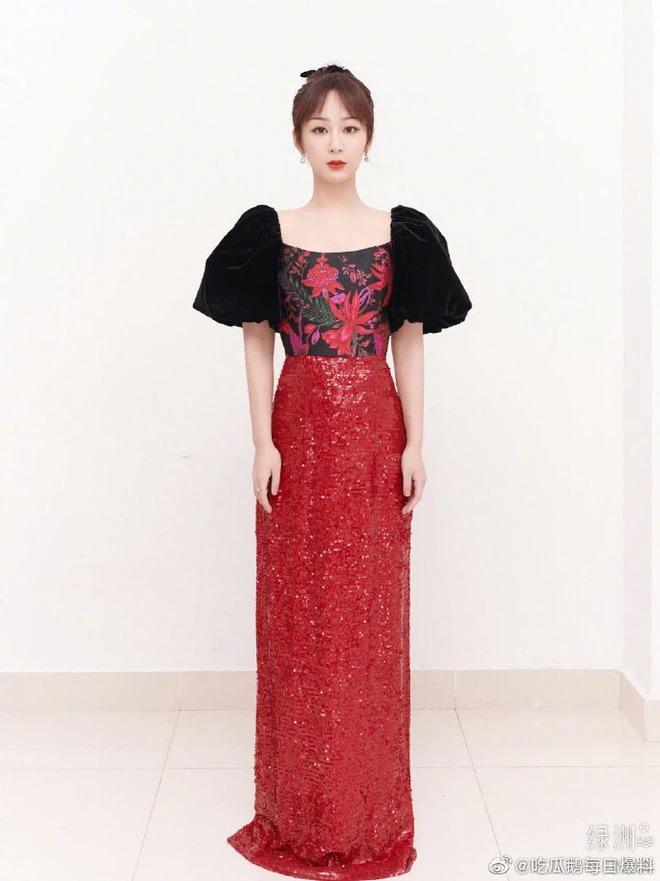 Nhiều lần mặc đồ hiệu đắt đỏ, người đẹp cũng bị chê chẳng khác gì diện hàng chợ.