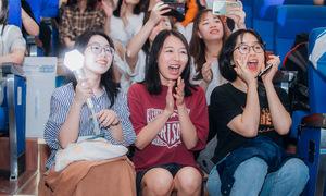 Hình ảnh kute lạc lối của khán giả 'Dance For Youth'