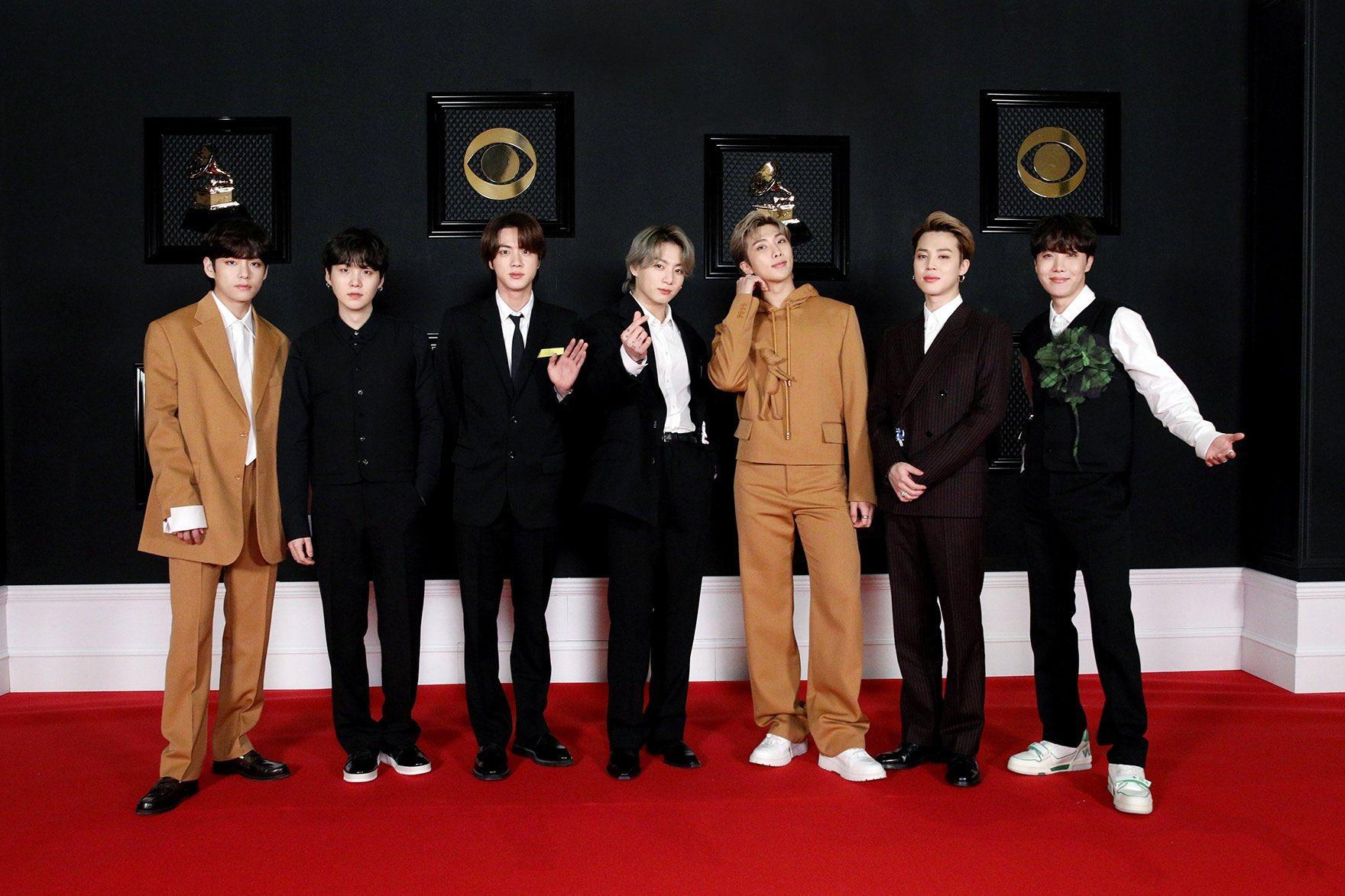 Đây là hợp đồng thời trang cao cấp lớn đầu tiên của BTS.
