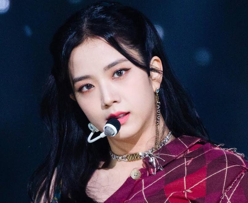Ji Soo bị cộng thêm vài tuổi vì đổi style lông mày sâu róm - 3