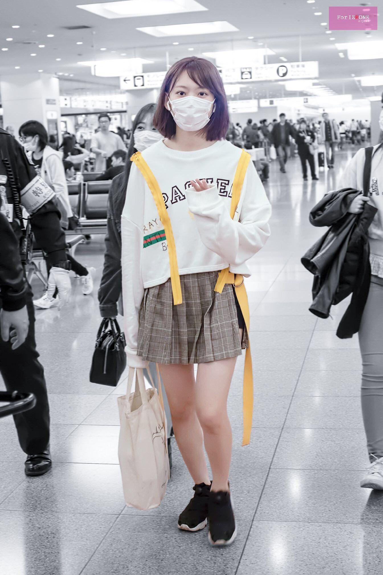 Biến đổi style của Sakura (IZONE): Từ bọc ni lông lên đời thành túi trăm triệu - 2