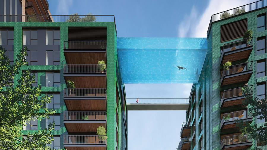 Bể bơi sâu 3m, chỉ riêng nước nặng tới khoảng 375 tấn.