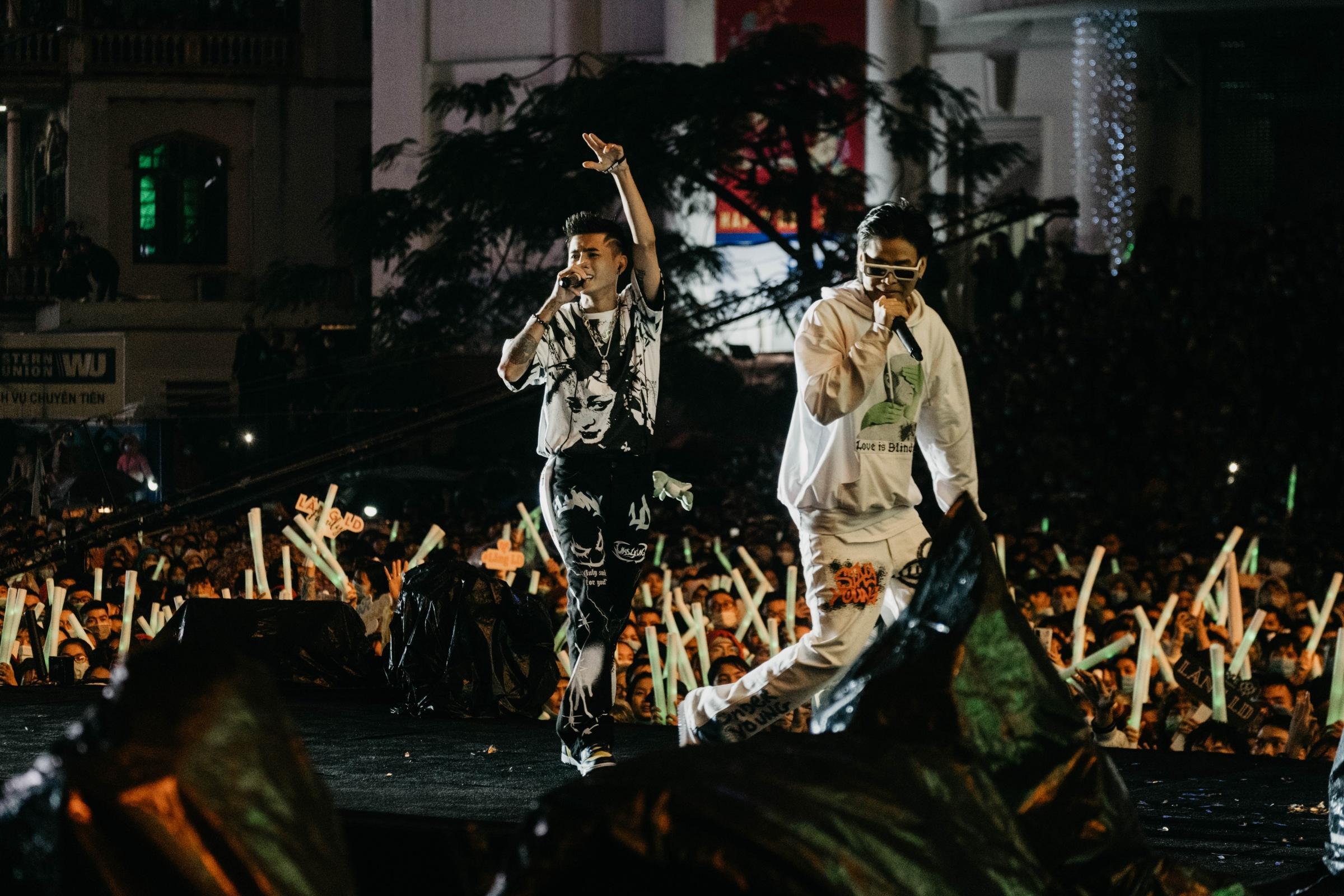 Lăng LD cùng Khoa tung bản rap bắt tai - 2