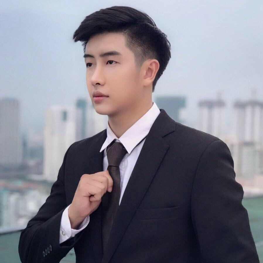 Ảnh: Vẻ điển trai của bạn trai mới của Huỳnh Anh  - 2