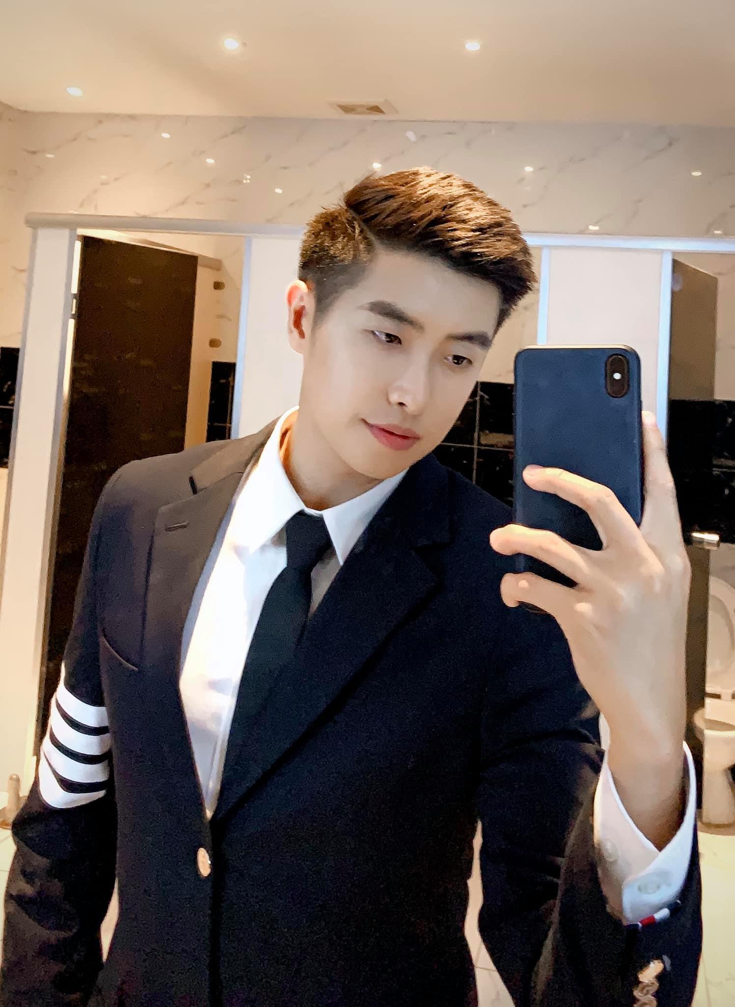 Ảnh: Vẻ điển trai của bạn trai mới của Huỳnh Anh  - 5