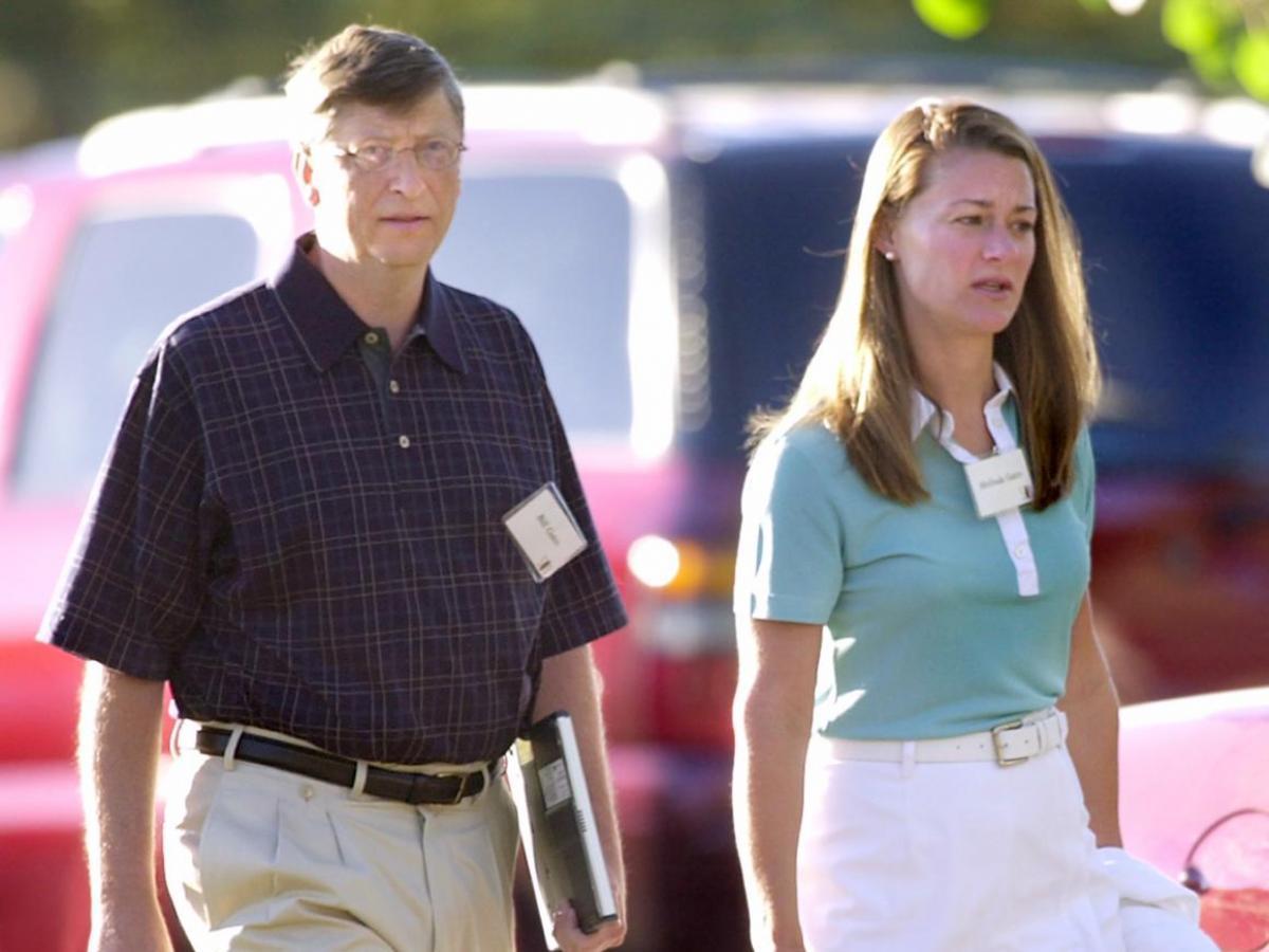 Melinda nói với Fortune: Khi tôi nhìn lại, Bill là kiểu các anh chàng mà tôi chơi cùng hồi học cao đẳng. Tôi tôn trọng họ rất nhiều, và họ cũng tôn trọng tôi. Tôi đặc biệt bị thu hút bởi trí thông minh của anh ấy, nhưng trên hết là sự tò mò. Và anh ấy có khiếu hài hước, tôi thích khía cạnh ấy.