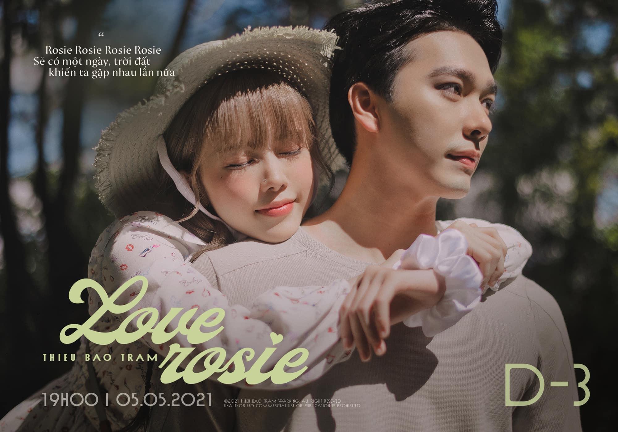 Thiều Bảo Trâm gần đây liên tục nhá hàng hình ảnh ôm ấp, ngọt ngào bên chàng trai trẻ. Đây chính là người yêu của cô trong MV Love Rosie sắp phát hành.