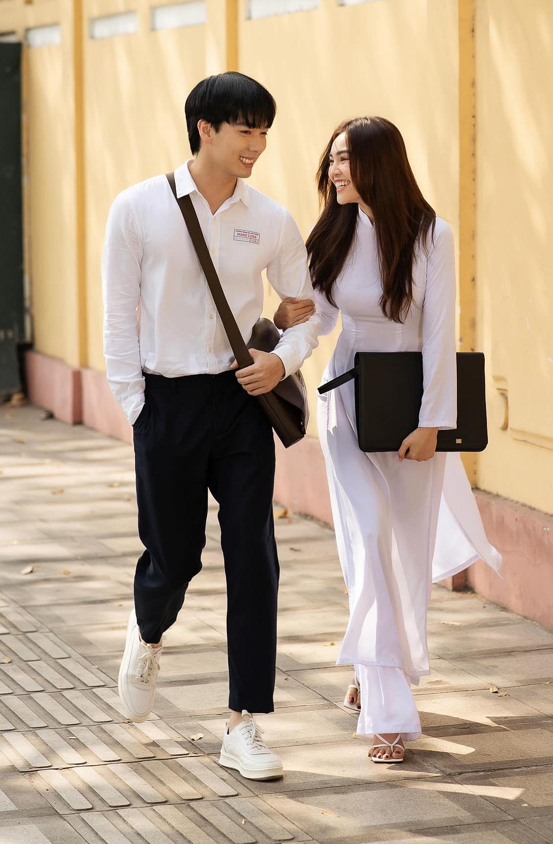 Hot boy thanh xuân vườn trường được nhận xét đẹp đôi bên Lan Ngọc dù kém tuổi.