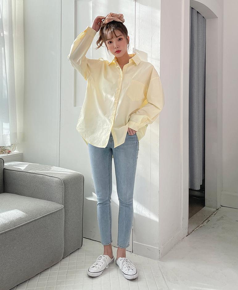 Các tông màu tươi sáng mang đến sự trẻ trung cho người mặc, đồng thời tạo cảm giác làn da trắng sáng hơn.