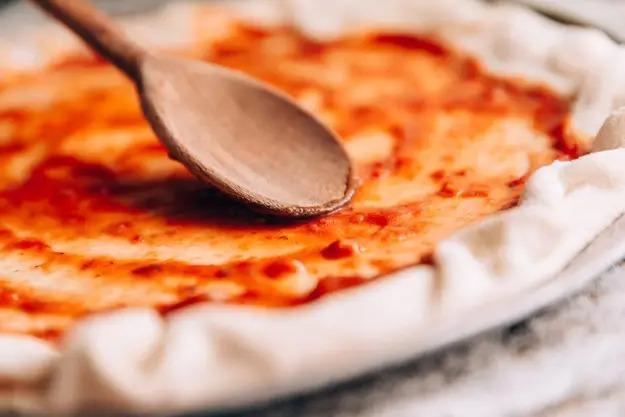 Loại thảo mộc nào có trên pizza margherita truyền thống? - 2