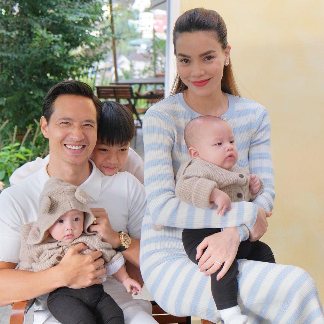 Instagram Hà Hồ - Kim Lý lập để đăng tải những khoảnh khắc đáng yêu của các con hiện có khoảng 222k người theo dõi. Mỗi bức ảnh đáng yêu của cặp sinh đôi đều nhận được hàng chục nghìn lượt tương tác.