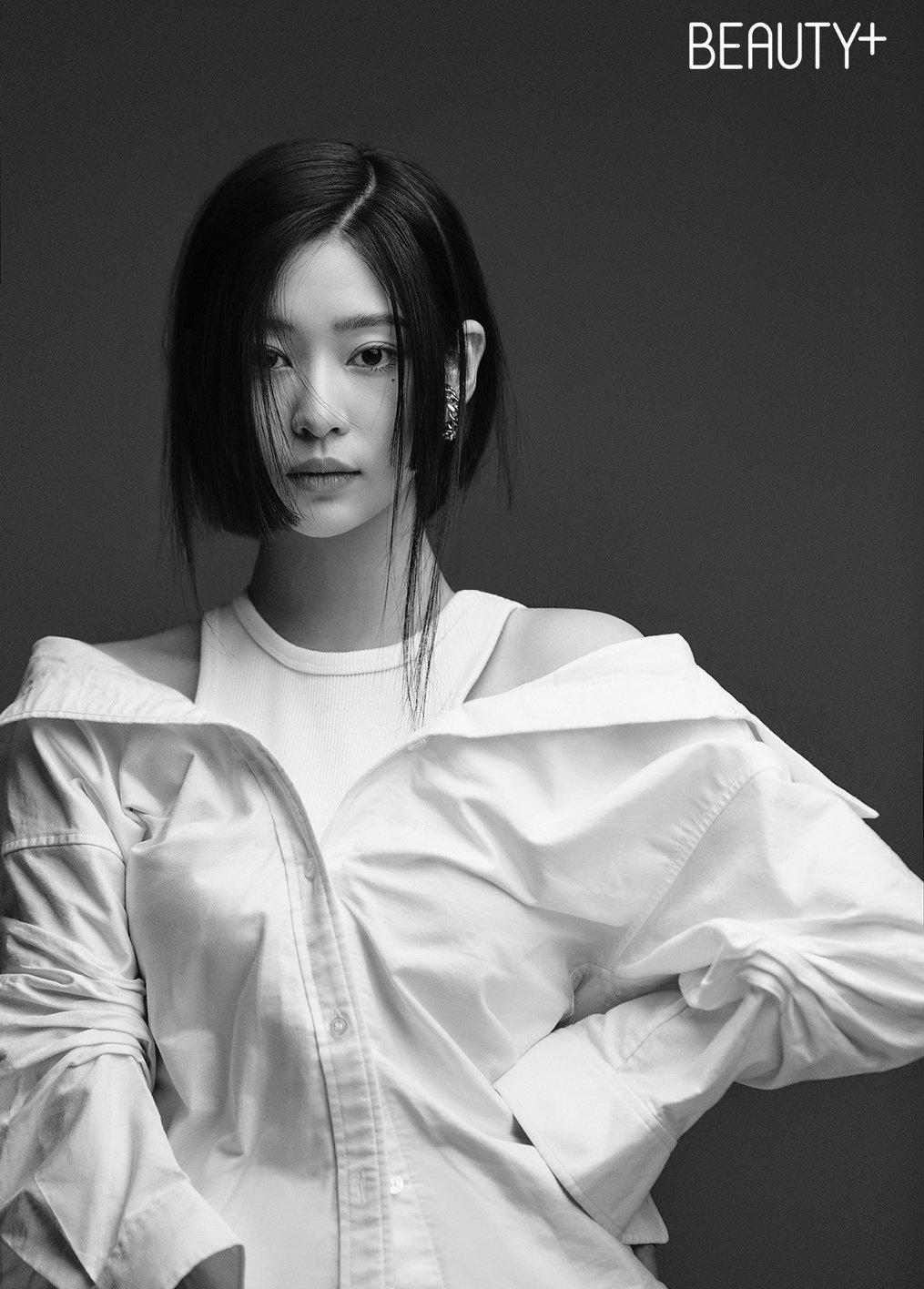 3 visual của IZONE sau khi tan rã: Kang Hye Won lên đời, Min Ju bị chê đờ đẫn - 1