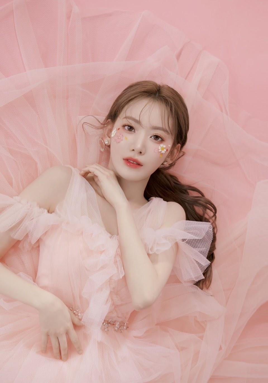 Cô nàng rất hợp với phong cách idol Kpop, visual ngày càng lên hương chỉ sau hơn 2 năm ở Hàn.