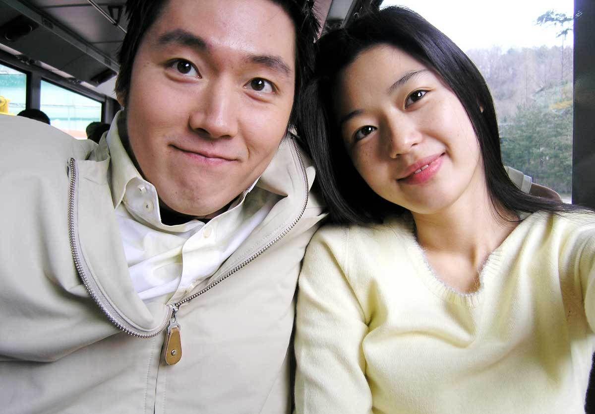 Jun Ji Hyun phủ nhận tin đồn chồng ngoại tình, hôn nhân tan vỡ - 1