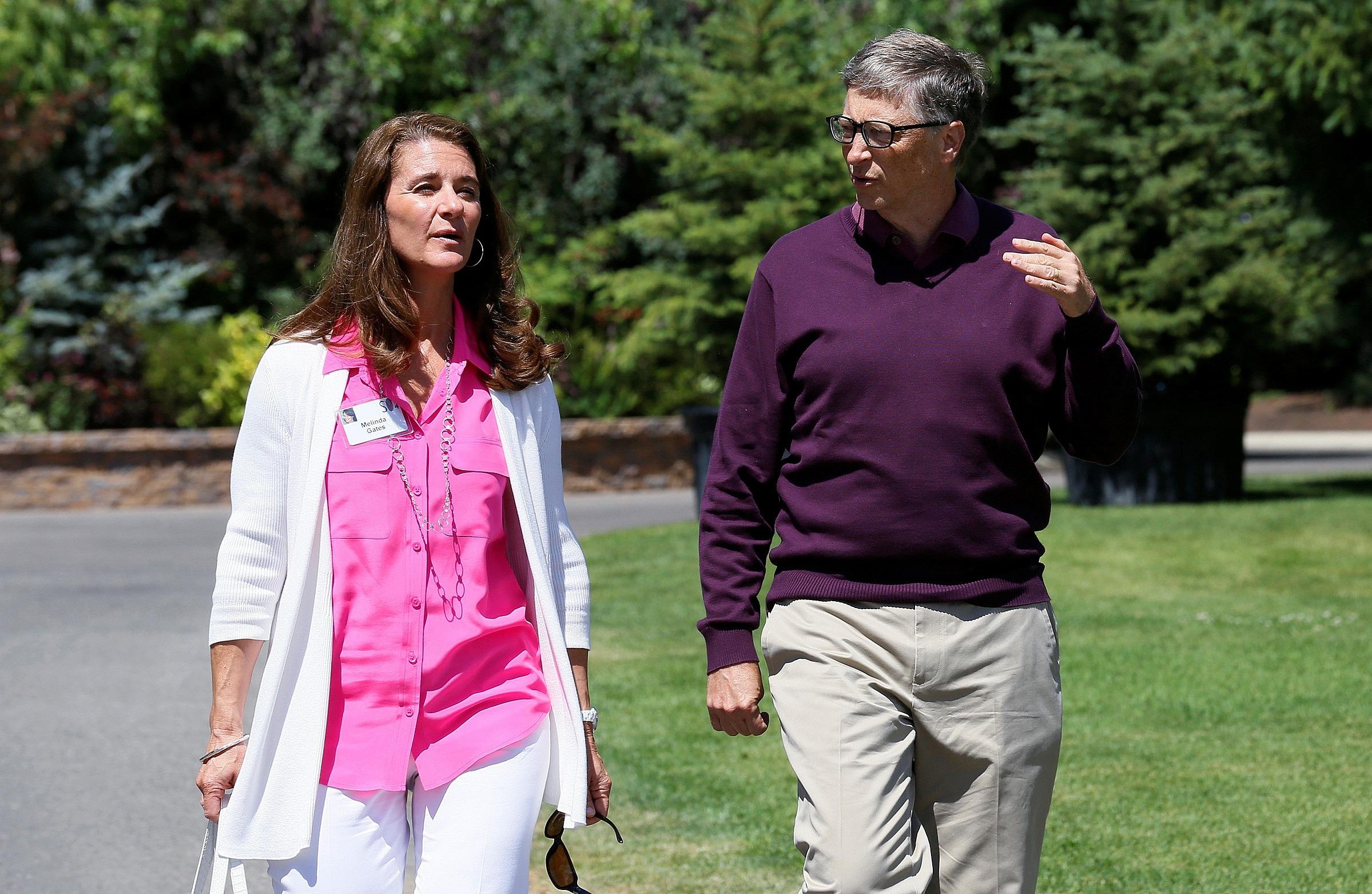 Bill Gates và vợ cũ Melinda - người sống với ông 27 năm. Ảnh: Reuters.