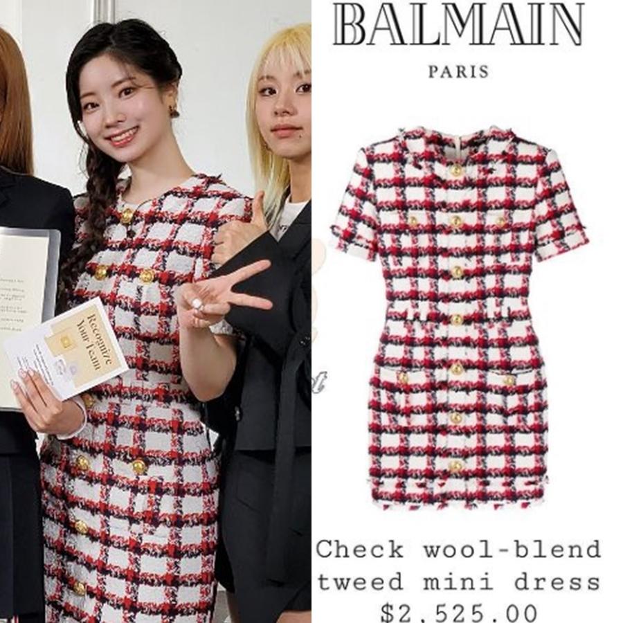 Da Hyun nổi bật trong chiếc mini dress vải tweed của Balmain.