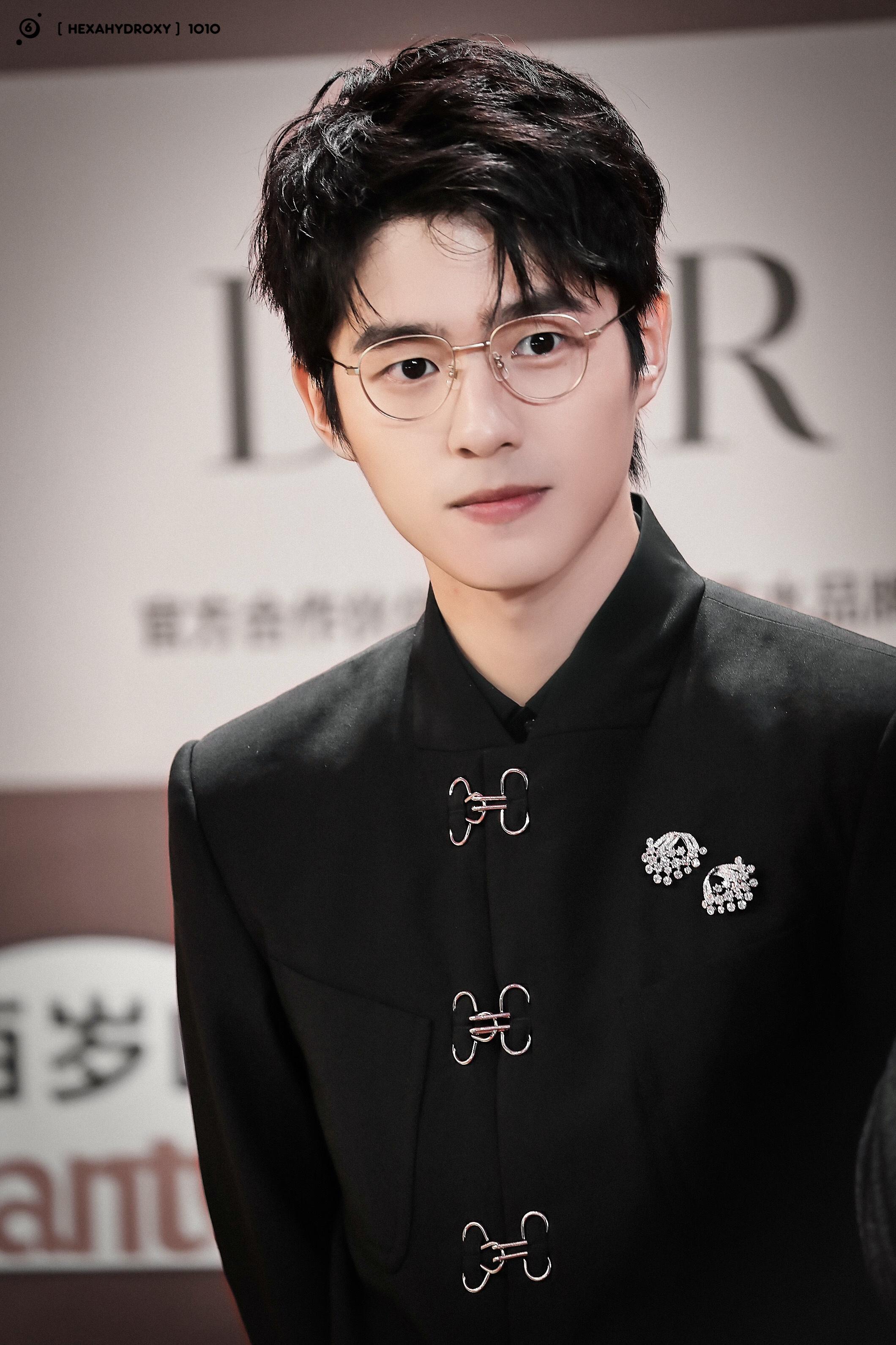 Lưu Hạo Nhiên lên hot search vì nét đẹp chuẩn mối tình đầu.