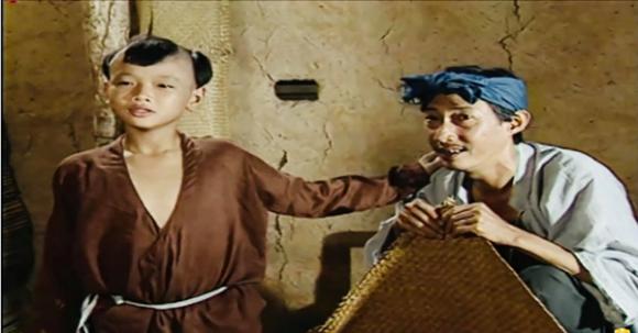 Hoàng Phi trong vai Cuội.