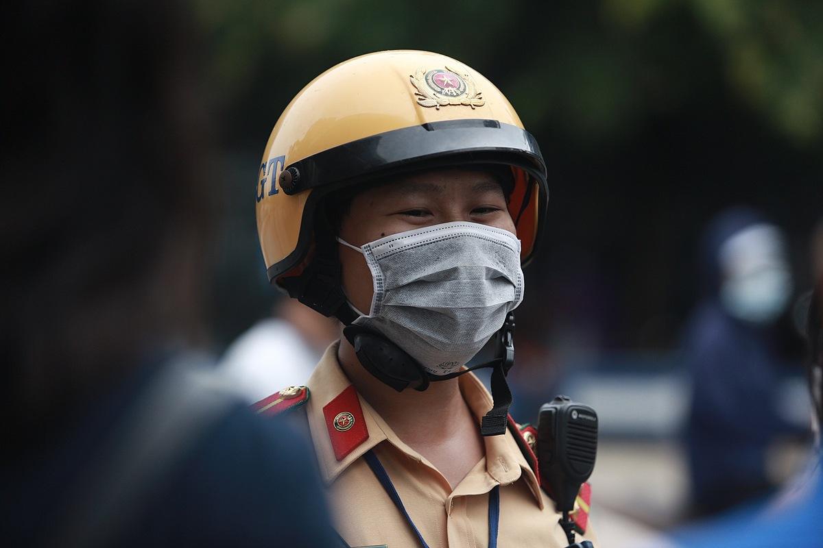 Đại úy Hoàng Ngọc Thành – Đội CSGT số 1 Công an TP Hà Nội.