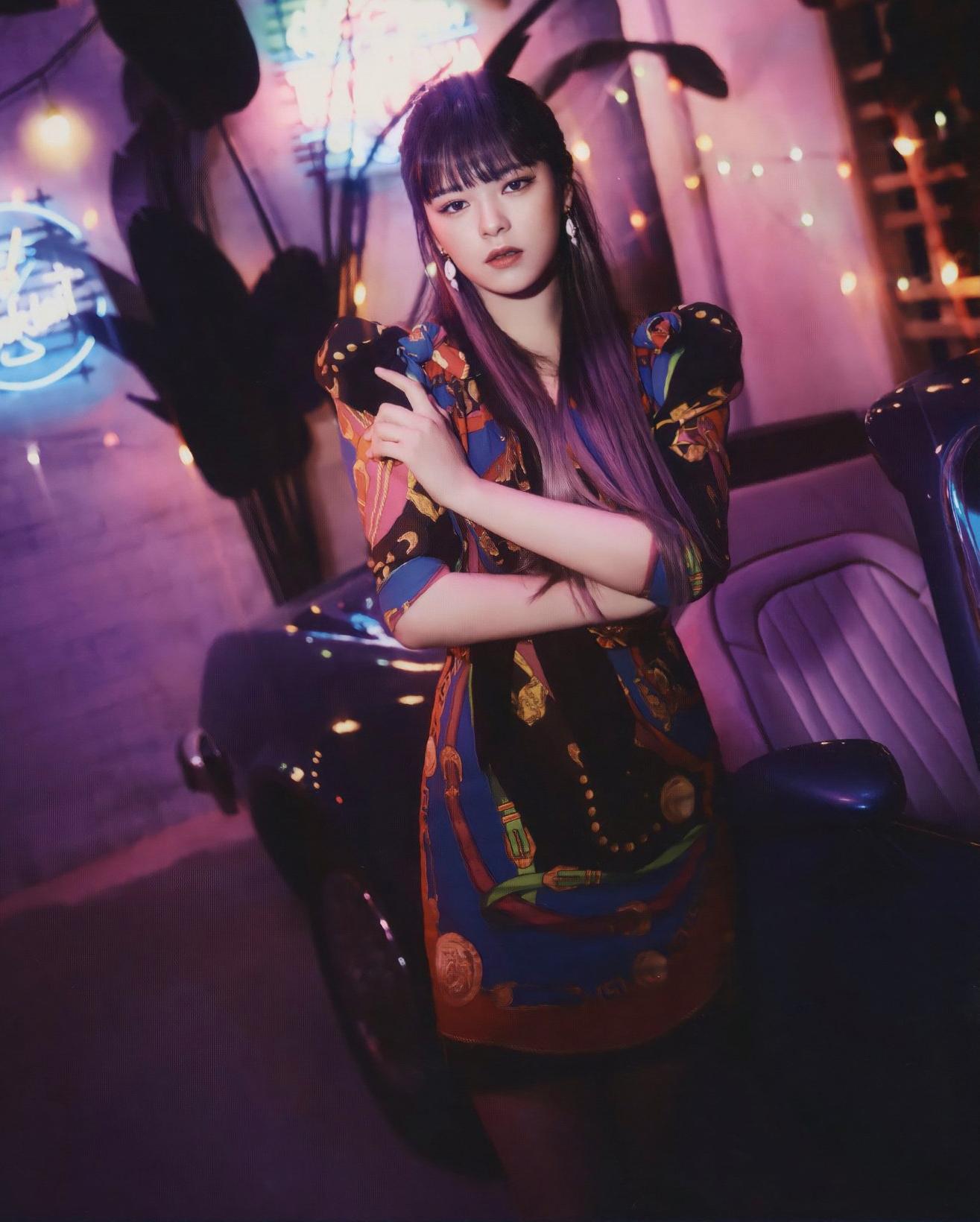 Nhiều người hâm mộ kỳ vọng stylist sẽ thiết kế cho mỹ nhân Twice những kiểu đồ phù hợp cơ thể hơn.