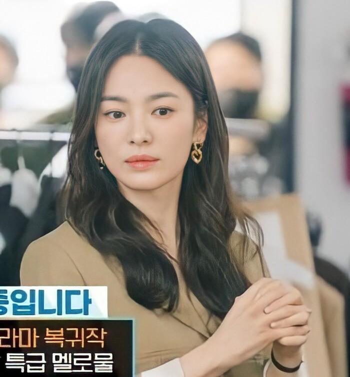 Gương mặt như mới ngoài đôi mươi của Song Hye Kyo.