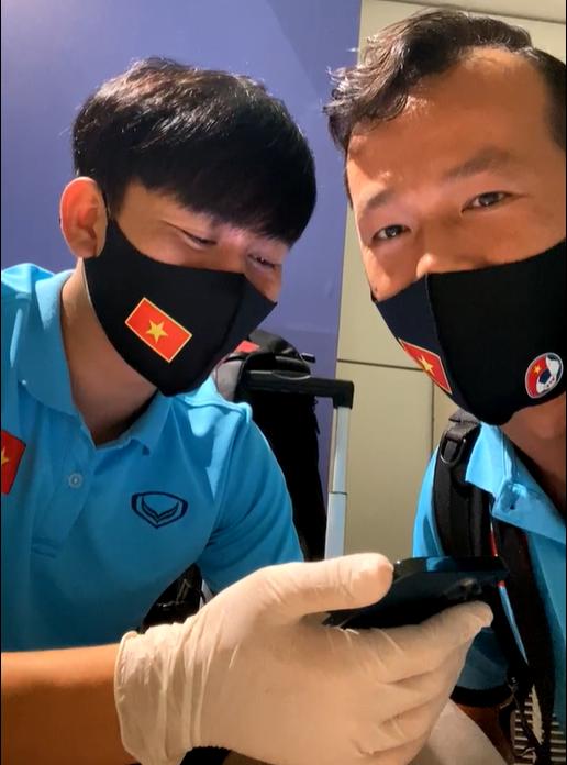 Tấn Trường và Minh Vương. Hai cầu thủ góp phần làm nên chiến thắng của tuyển Việt Nam ở giải đấu vừa qua.