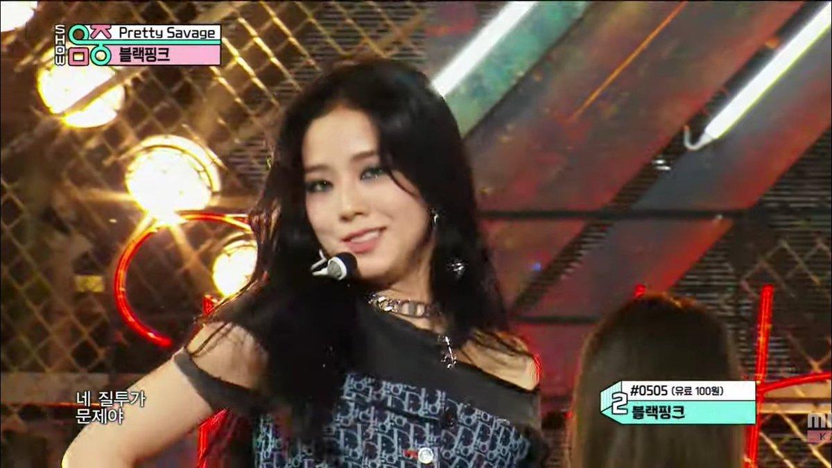 Mặt mộc của Ji Soo gây ngỡ ngàng vì trẻ đẹp hơn cả khi trang điểm - 7