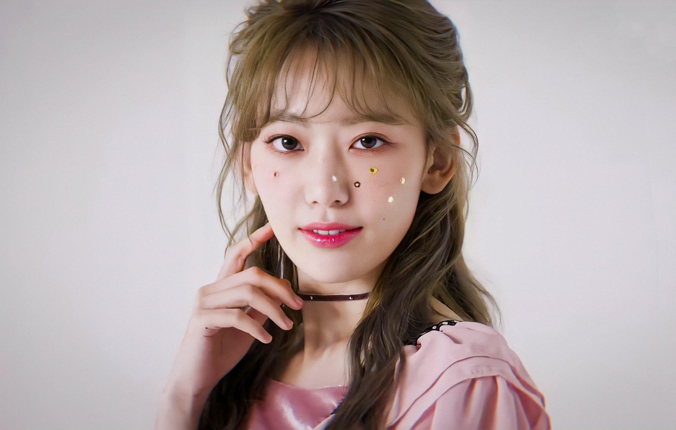 Miyawaki Sakura theo style make up Hàn - Nhật - Trung: Đâu mới là chân ái? - 3