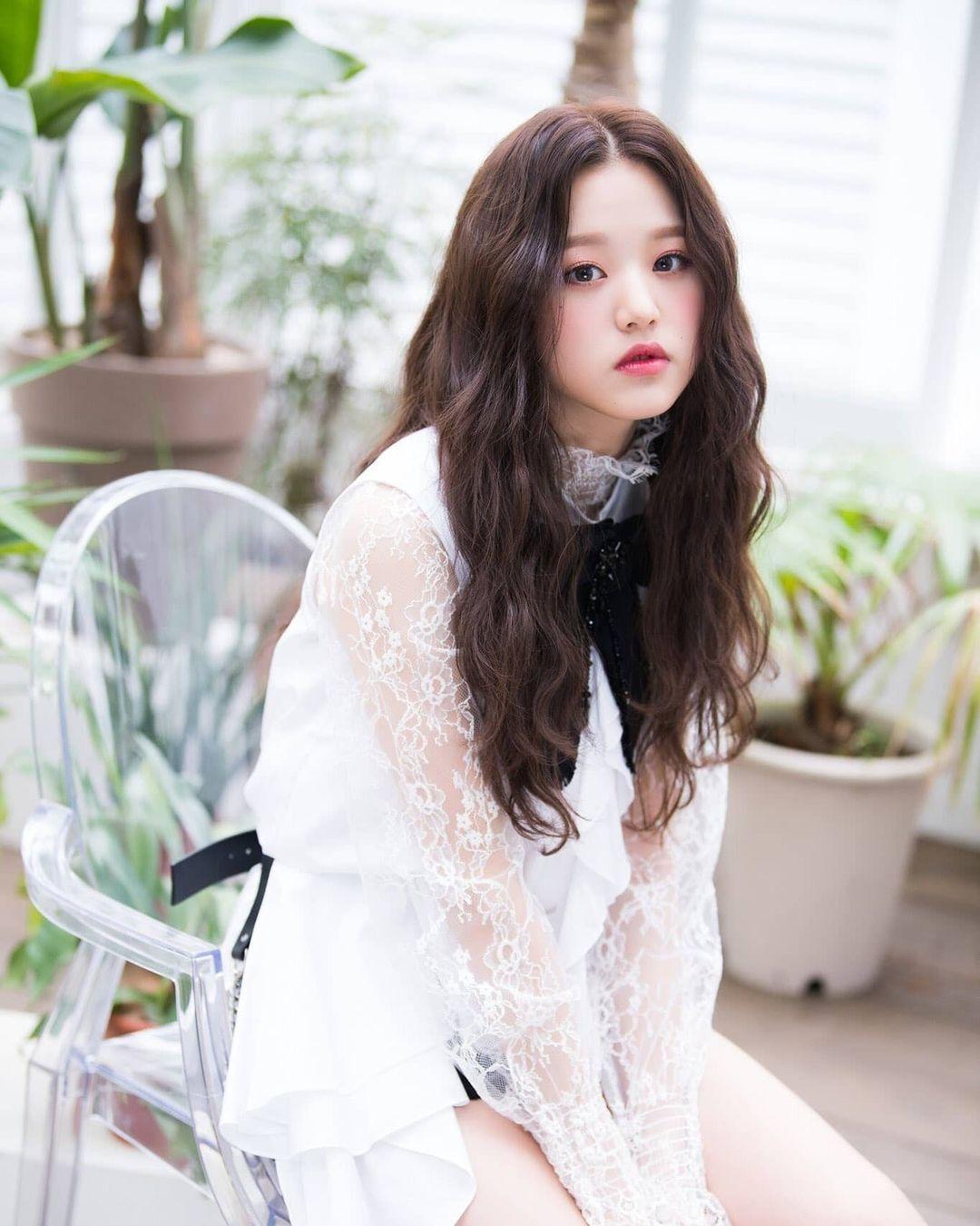 Diện loạt váy yểu điệu, Jang Won Young khoe khí chất tiểu thư khuê các - 11