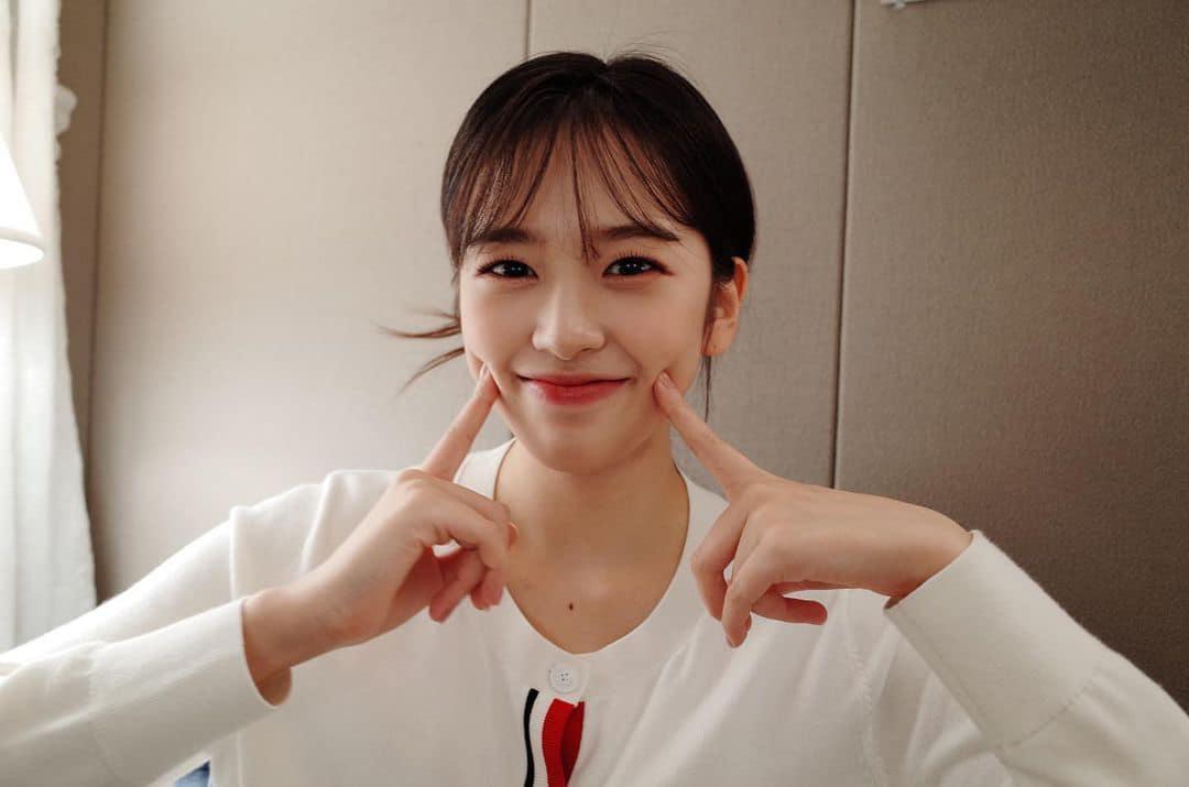 Jang Won Young bị chê nhan sắc trong loạt ảnh mới, thu xa đối thủ Ahn Yu Jin - page 2