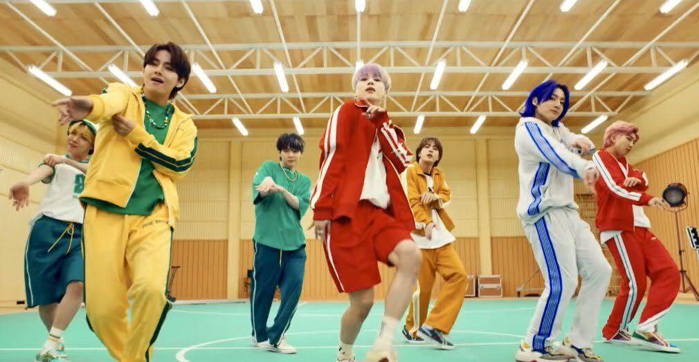 Bạn nhớ từng chi tiết nhỏ trong MV Butter của BTS kỹ tới đâu? - 4