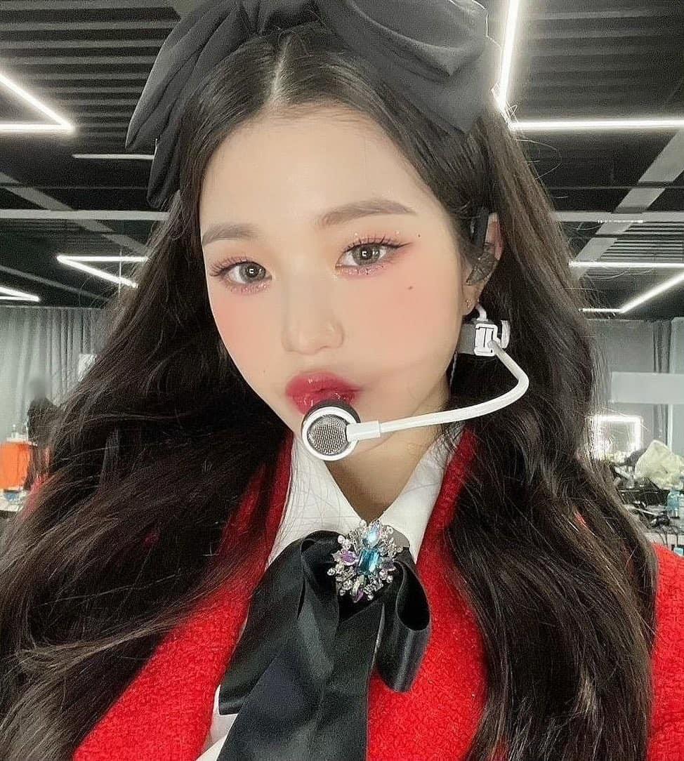 Jang Won Young bị chê kém xinh vì thay đổi style make up ruột - 9