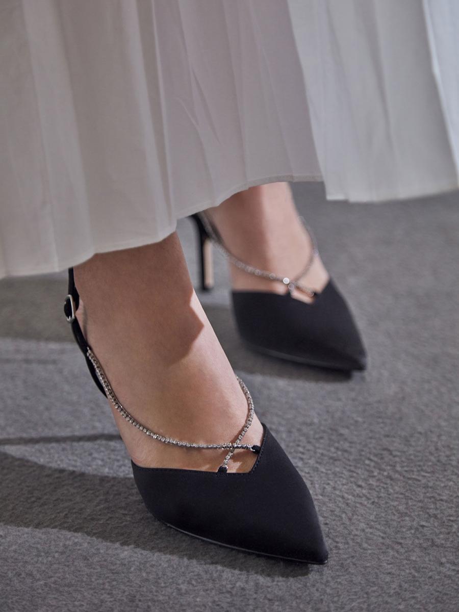 9 kiểu giày yêu thích giải mã tính cách của nàng - 1