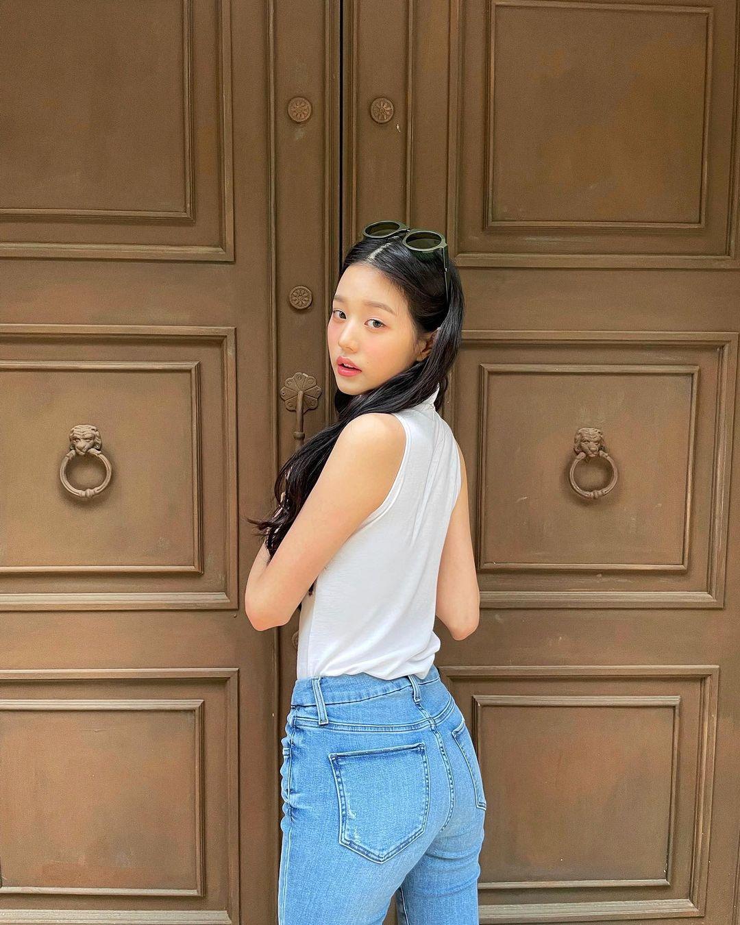 Jang Won Young bị chê kém xinh vì thay đổi style make up ruột - 4