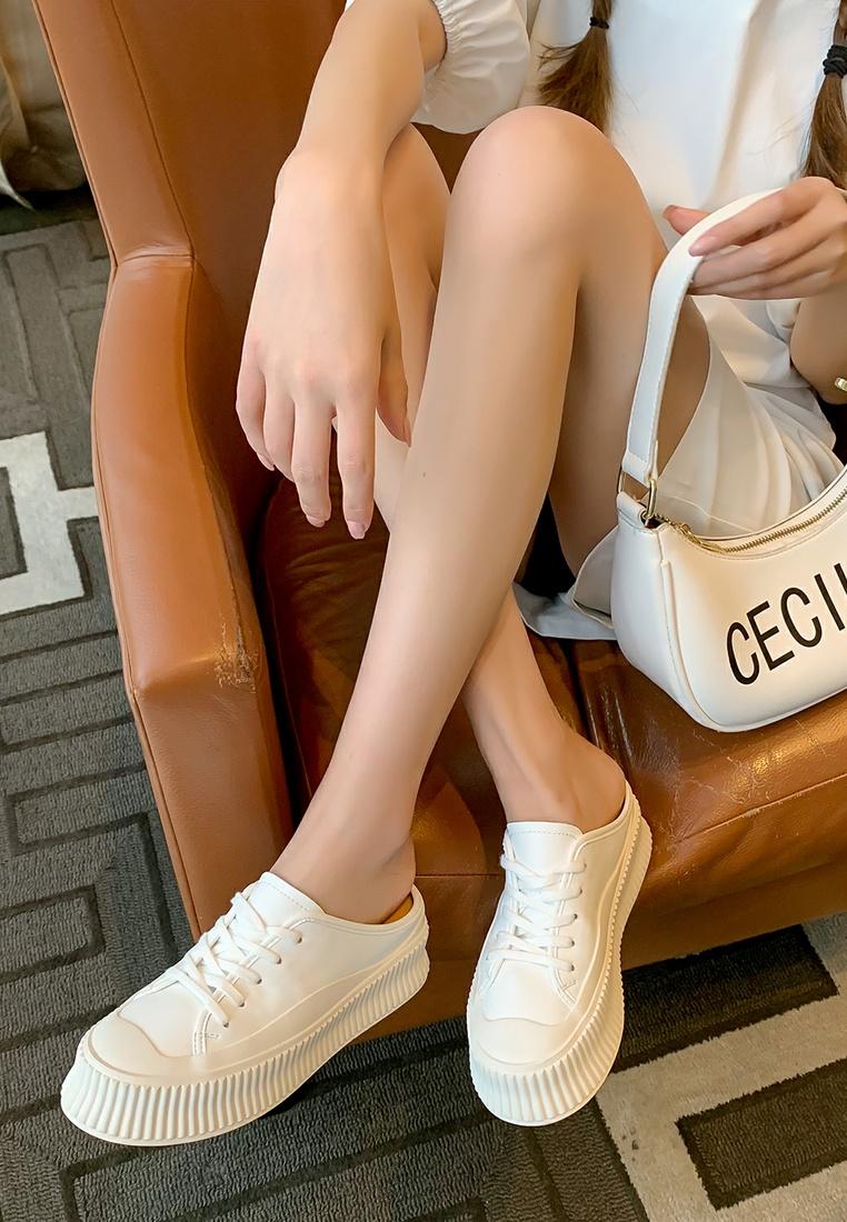 9 kiểu giày yêu thích giải mã tính cách của nàng - 8