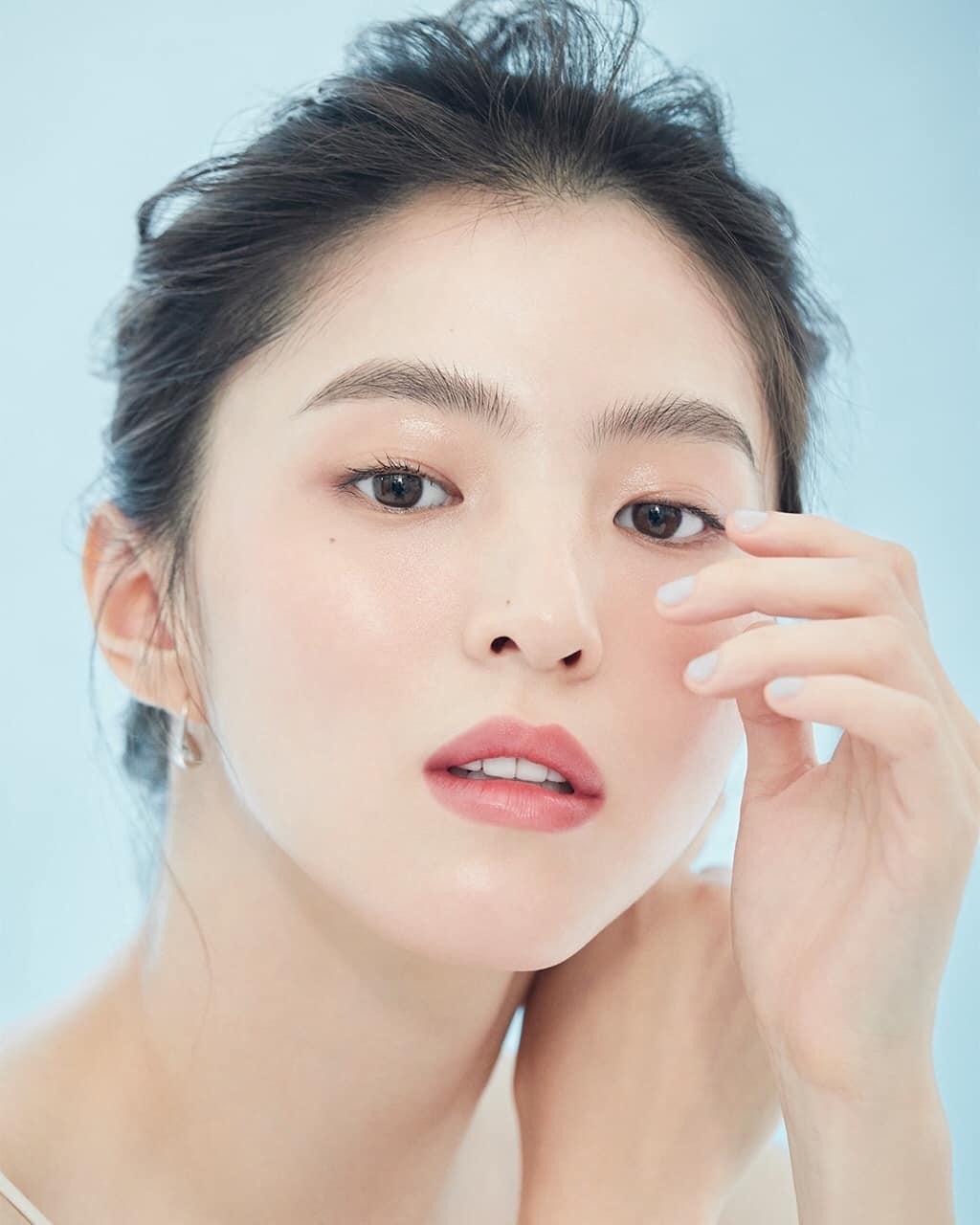 Nữ thần cảnh nóng Han So Hee chứng minh nhan sắc sinh ra để quảng cáo mỹ phẩm - page 2 - 2