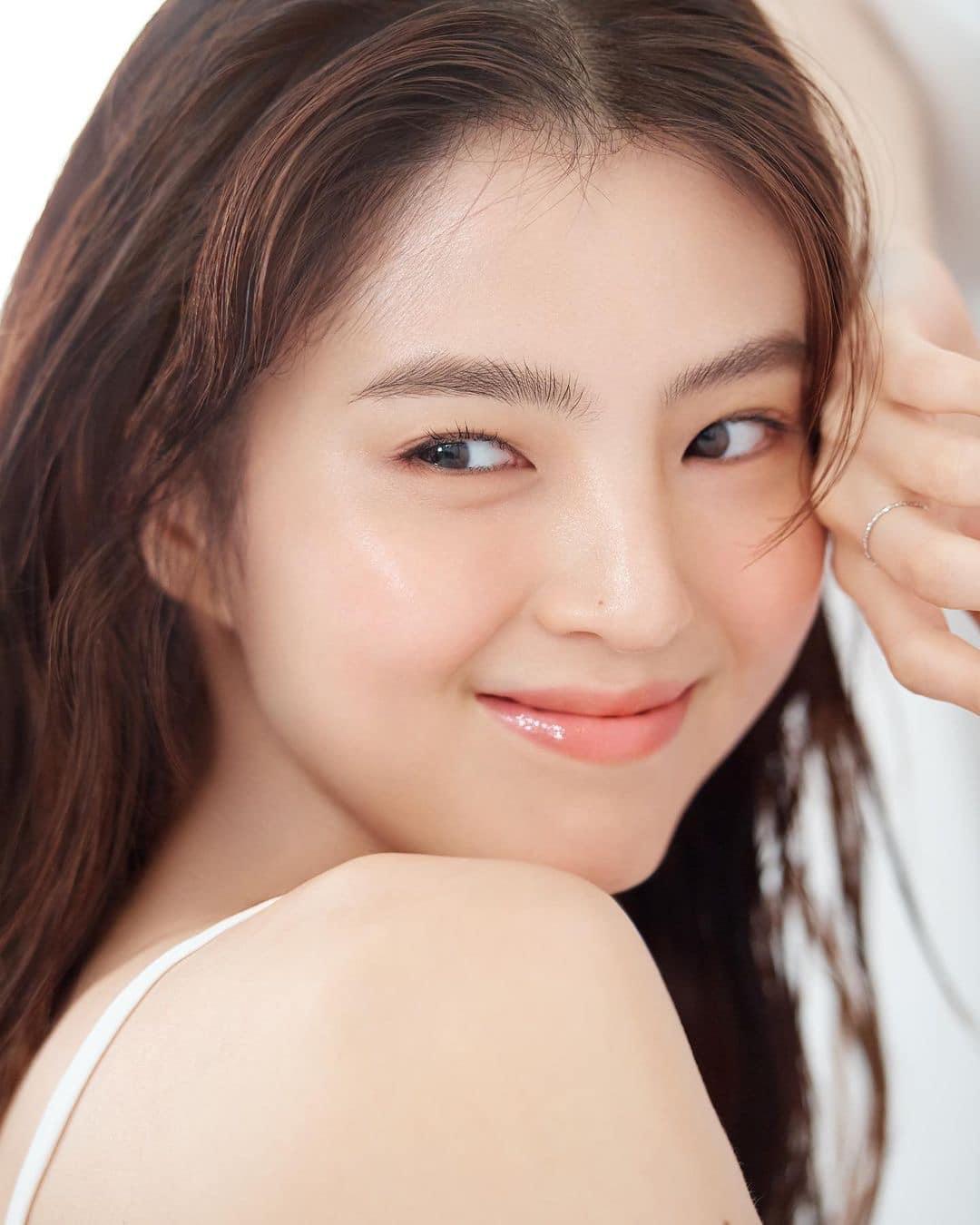 Nữ thần cảnh nóng Han So Hee chứng minh nhan sắc sinh ra để quảng cáo mỹ phẩm - page 2 - 4