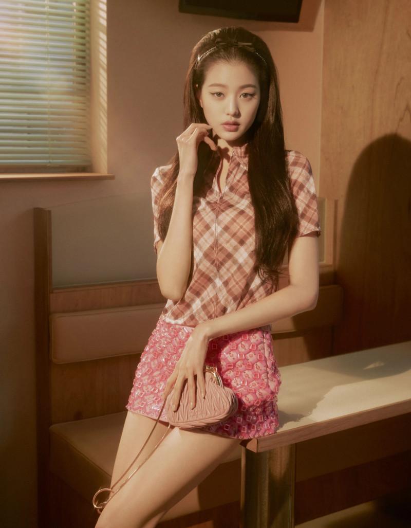 Min Joo đọ khí chất cổ điển với Jang Won Young: Ai đẹp hơn? - 12