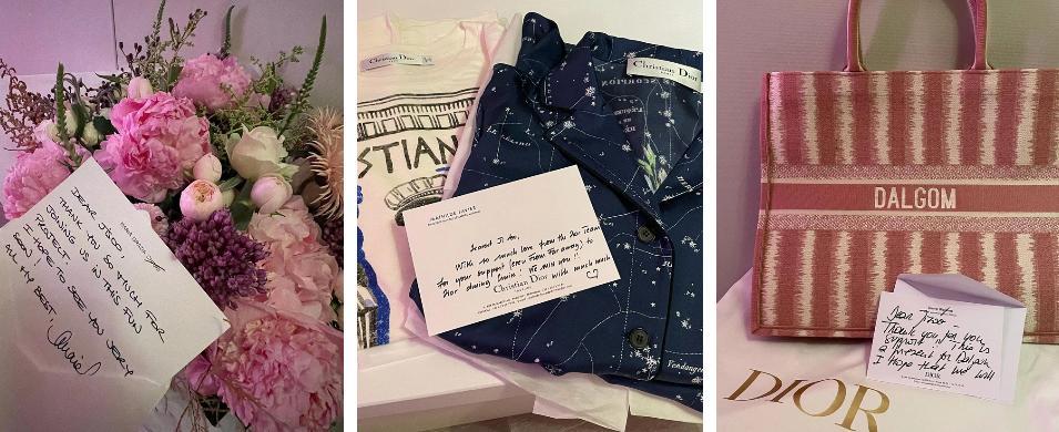 Mới đây nhất, chị cả Jisoo đã khoe ảnh loạt quà và thư tay do 3 vị giám đốc của Dior gửi đến cho chú cún cưng Dalgom. Riêng chiếc túi hiệu màu hồng thêu tên Dalgom có giá lên đến 3400 đô la (khoảng 78 triệu đồng) đã khiến dân tình choáng váng.  Chưa hết, 3 vị lãnh đạo quyền lực bao gồm Maria Grazia Chiuri - nữ giám đốc sáng tạo của Dior, Olivier Bialobos - Giám đốc truyền thông toàn cầu của Christian Dior Couture và Mathilde Favier - Giám đốc quan hệ công chúng của Dior còn cẩn thận viết thư tay gửi kèm theo chiếc túi xách đặc biệt. Đãi ngộ của Dior dành cho Jisoo đã vô cùng tuyệt vời rồi nhưng ai ngờ đến cả Dalgom cũng được cưng đến thế này.