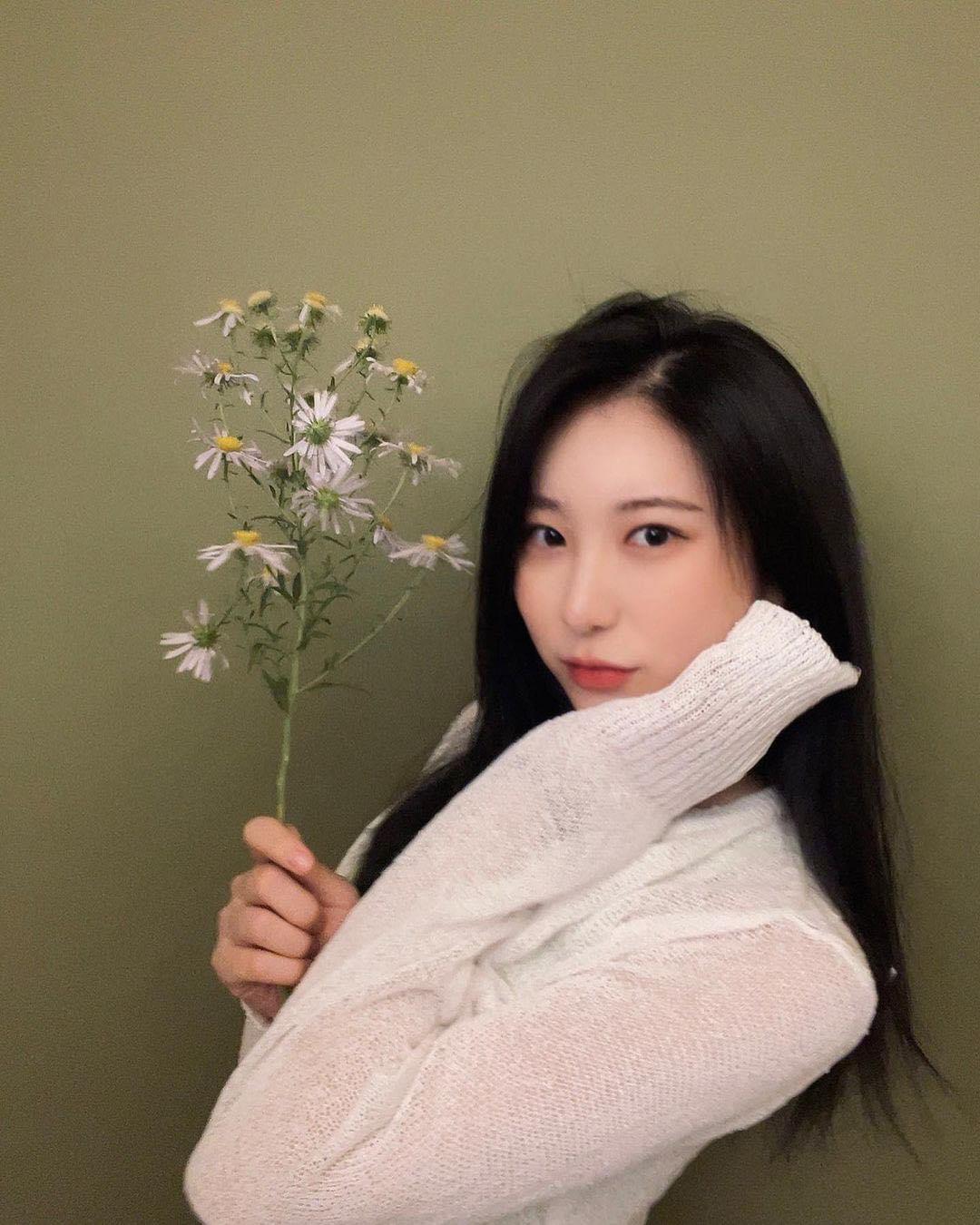 IZONE sau khi tan rã: Sakura toang cơ hội về Hàn, Jang Won Young tụt giảm nhan sắc - 7