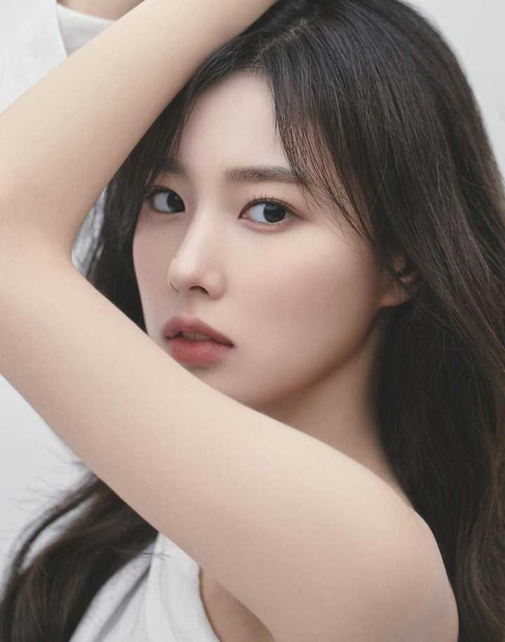 IZONE sau khi tan rã: Sakura toang cơ hội về Hàn, Jang Won Young tụt giảm nhan sắc - 5