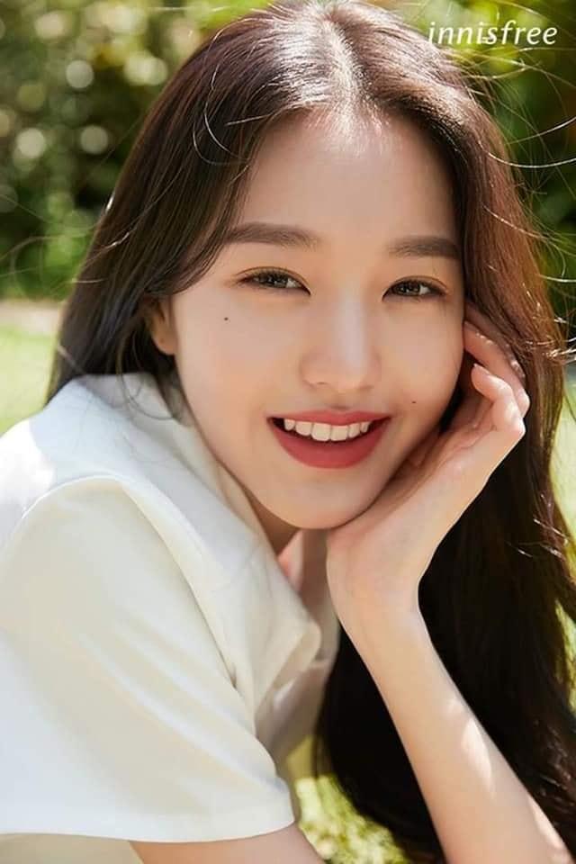 Jang Won Young làng nàng thơ mới của Innisfree.