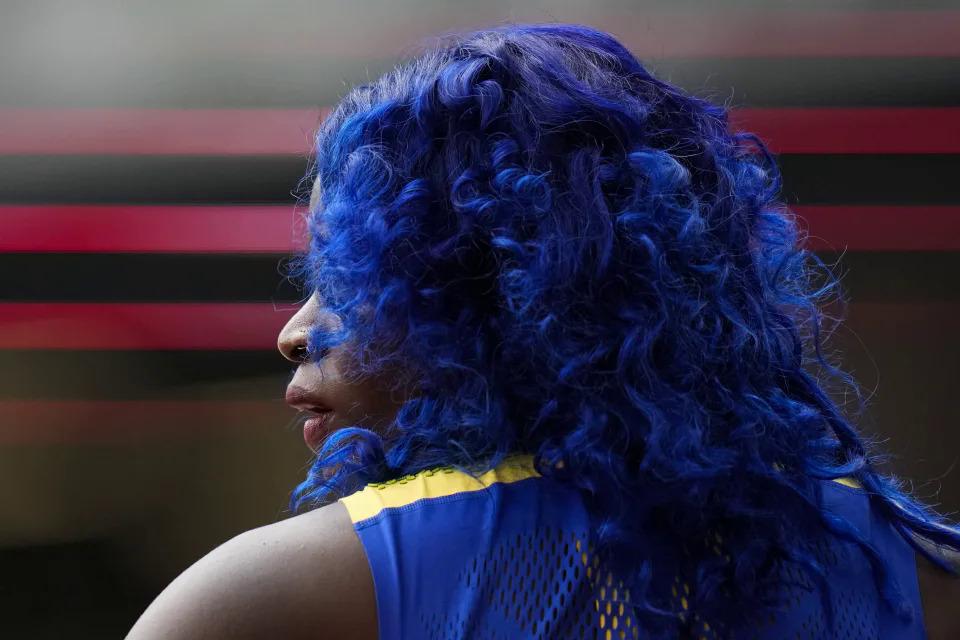 Tia-Adana Belle, ở Barbados, sẵn sàng tranh tài ở nội dung 400 m vượt rào nữ ngày 31/7. Ảnh AP / Petr David Josek