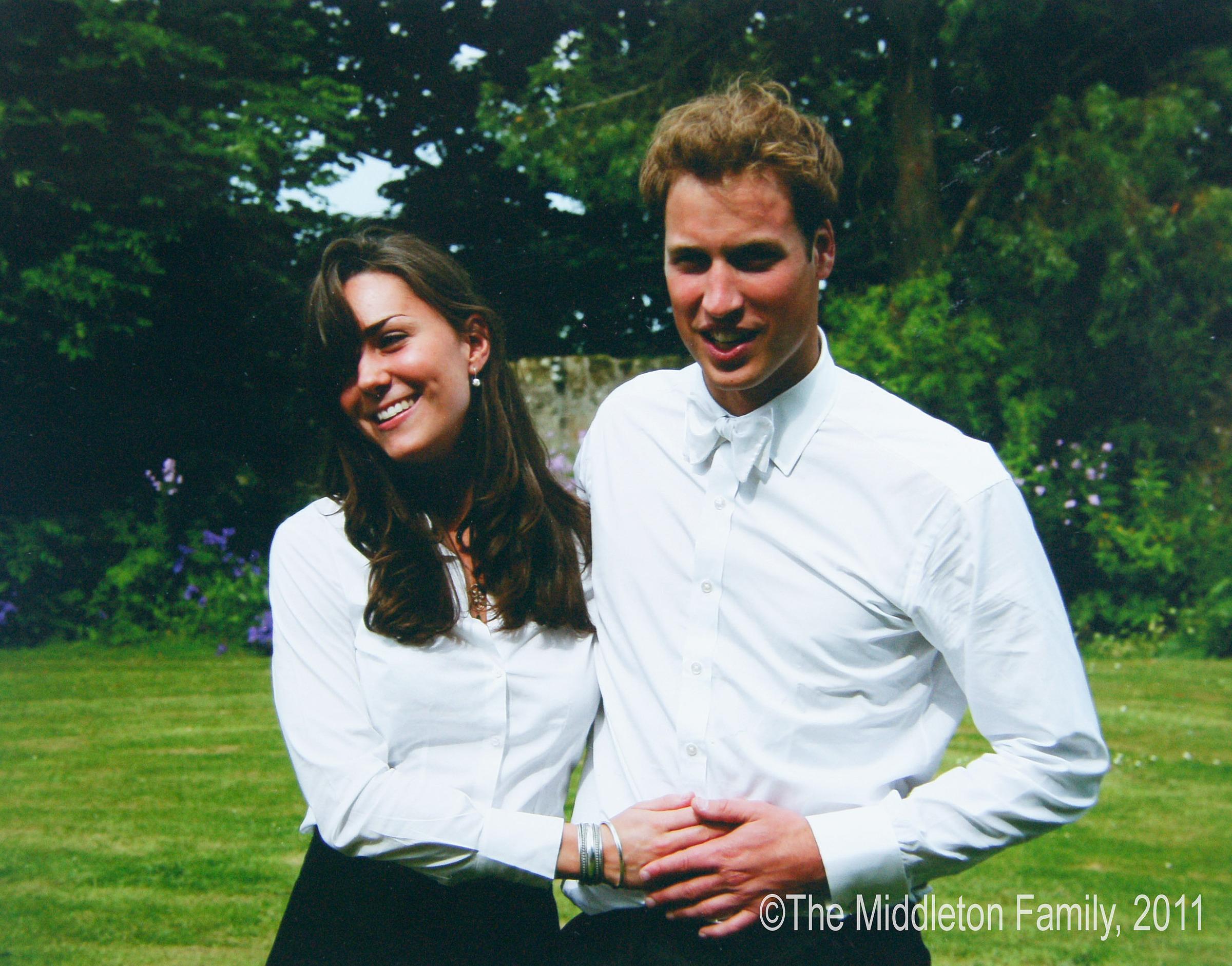 Các cặp đôi Hoàng gia gặp nhau thế nào?