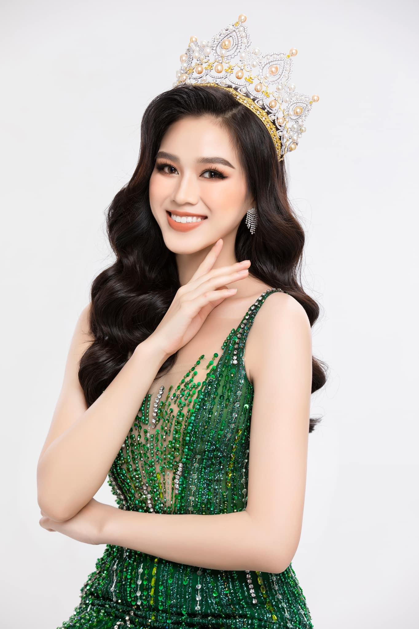 Là đại diện Việt Nam tham dự cuộc thi sắc đẹp lớn nhất nhì hành tinh Miss World 2021, Đỗ Thị Hà được người hâm mộ Việt chờ đón. Sau khi đăng quang Hoa hậu Việt Nam 2020, người đẹp 10x có khoảng 1 năm chuẩn bị trước khi chính thức sang Puerto Rico vào tháng 12 tới.
