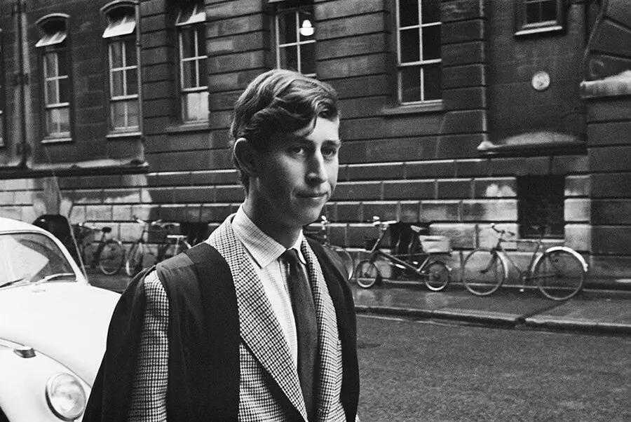 Những bức ảnh thời còn trẻ của người Hoàng gia Anh - 8