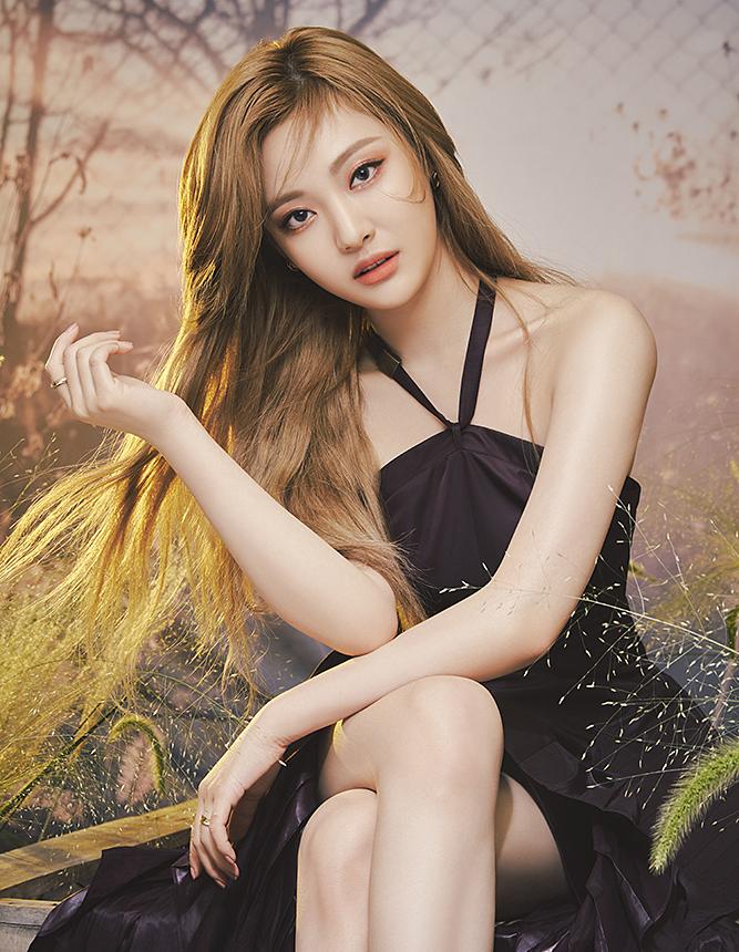 Aespa làm người mẫu mỹ phẩm: Karina bị chê ác, Giselle nổi nhất nhóm - 4